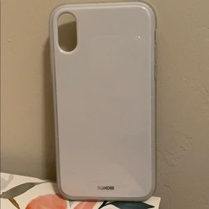 White iPhone XR case